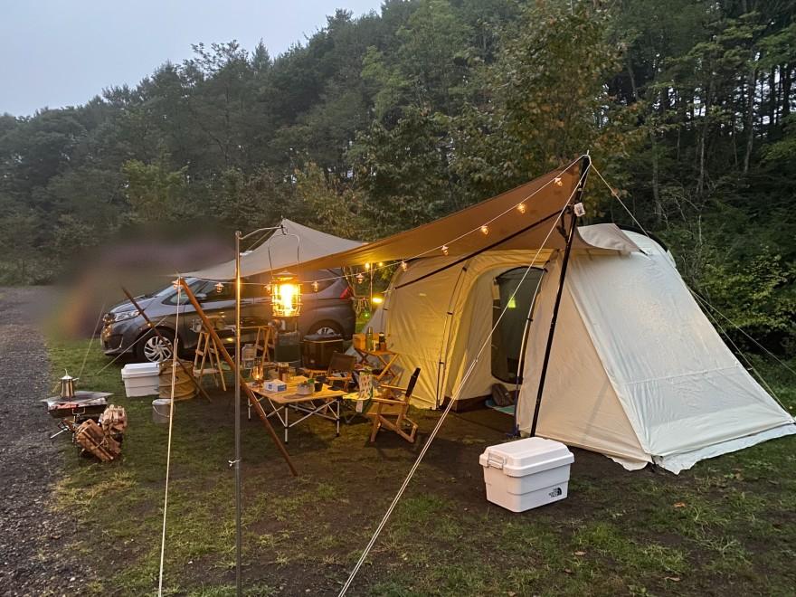 軽井沢キャンプゴールドの夕方