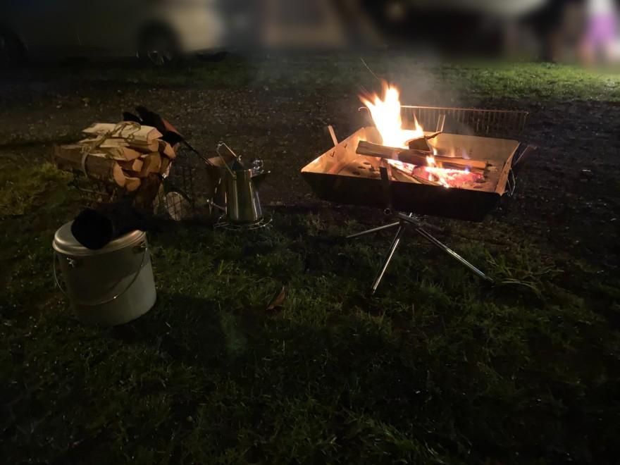 軽井沢キャンプゴールドでの焚き火