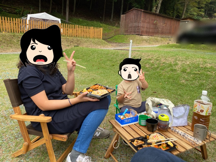ウエストリバーオートキャンプ場でお昼